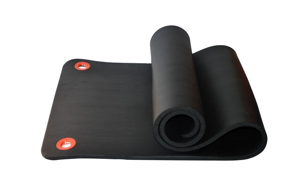 EM 15 EXERCISE MAT WITH HOLES